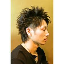 ツーブロックショートウルフ Overオーバーのヘアスタイル 美容