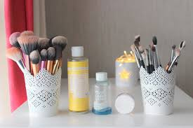 spring clean series cleaning makeup brushes