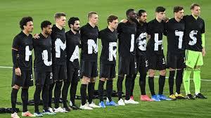 Check spelling or type a new query. Nationalmannschaft News Human Rights Dfb Team Setzt Ein Zeichen Fussball News Sky Sport