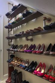 5 tips for better closet management with industrial pipe