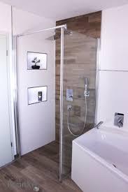 Dusche Bodengleich Fliesen. Kleines Bad Fliesen Einbauwanne Dusche ...