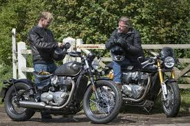 triumph thruxton r vs bobber verdict visordown