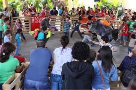 Juegos tradicionales de costa rica introduccion el presente trabajo pretende fortalecer la identidad nacional, como costarricenses, por medio del recate de algunos juegos tradicionales se han transmitido de generación en generación y vienen a ser una herramienta fundamental para que los niños y niñas demuestren sus destrezas y habilidades así como también para restaurar los lazos de. Ninos Podran Ser Parte De Un Turno Guanacasteco En Pleno San Jose