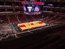 United Center Section 303 Seat Views Seatgeek