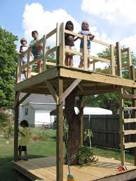 How To Build A Treehouse Building The Treehouse How To Build A