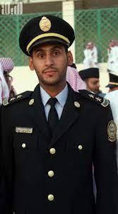"""عماد"""" يتلقى التهاني لتخرجه من كلية الملك خالد"""