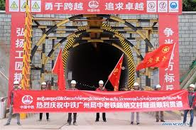 Chinese engineering firm breaks through 2nd tunnel of China-Laos ...