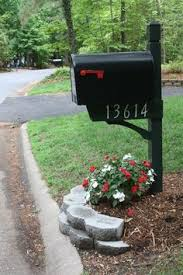 landscaping around mailbox post. Mailbox Landscape #MailboxLandscape Landscaping Around Post