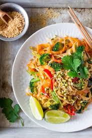 25 best ideas about Vegetarian pad thai on Pinterest