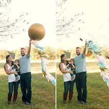 couple pops balloon to reveal boy gender of baby