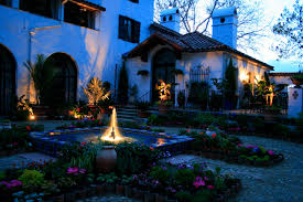 landscape lighting tips uplighting