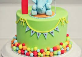 Image Of One Year Child Birthday Cake A Small Birthday Cake For A