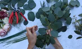 making the base greenery garland