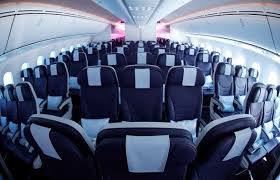 thomson s boeing 787 dreamliner verdict following first long haul flight from the uk mirror