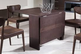 small round folding table and chairs