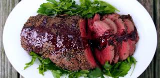 Serve the beef tenderloin with the sauce. Spice Rubbed Roast Beef Tenderloin With Red Wine Sauce Zap