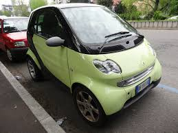 God, these Smart cars are so ugly !!! | They are probably gr… | Flickr