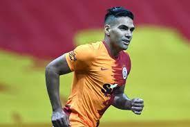 Former Man Utd & Chelsea striker Falcao suffers horror injury in  Galatasaray training
