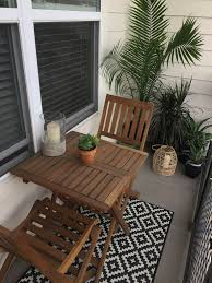 find small patio furniture layout ideas