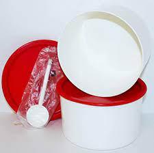 Bienvenido al sitio oficial de tupperware® méxico. Amazon Com Tupperware Coffee House Canister Set Red Seals Plus Scoop Coffee Filter Holder Storage