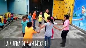 Diez juegos tradicionales mexicanos para niños sin tecnología, diversión, juegos infantiles para desarrollo, plaza de armas el periódico de querétaro. Festival De Juegos Tradicionales Mexicanos 2014 Ludoteca La Jirafa Con Gafas Youtube