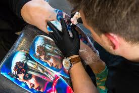 татуировки пирсинг и цветные волосы как в днепре прошел тату