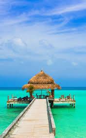 Amazing Blue Sky Sea Beach 4K Ultra HD ...