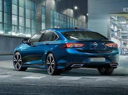 D segmentinin güçlü modellerinden olan insignia, 2021 model yılı için yenilendi ve türkiye'de de satışa sunuldu. 2021 Opel Insignia Grand Sport Modelleri Ve Fiyatlari Opel Insignia Grand Sport Teklifi Al