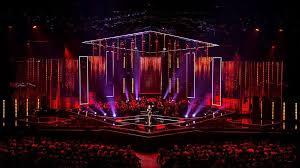 polished stage design s