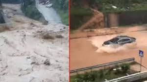 Rize'de sağanak yağış sonrası dereler taştı, yollar kapandı - Haberler