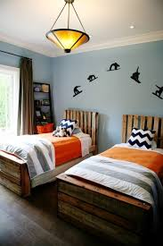 Shared Bedroom Ideas for Kids: Boy Shared Room at My Life at Playtime via  lilblueboo