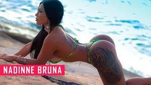 Hot babes ass booty pics