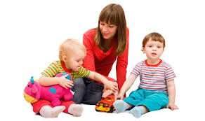 How To Be A Good Baby Sitter All About Engaging A Good Babysitter Care Corner