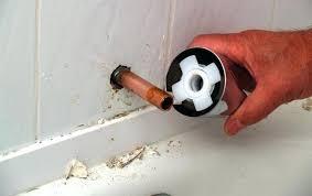 bthtub fucet bathtub faucet leaking imge bthroom after water turned off