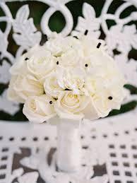 20 romantic white wedding bouquet ideas Wedding Bouquets Black And White modern white wedding bouquet with black bouquet pins black and white silk wedding bouquets