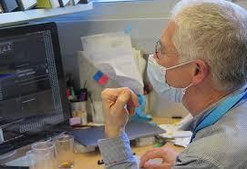 Los anticuerpos protectores contra la COVID-19 se mantienen durante un mínimo de seis meses