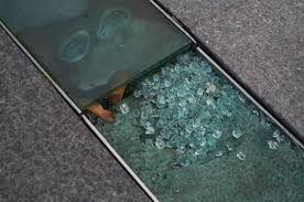 picture of broken toughened glass