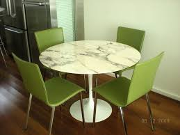 hi gloss saarinen marble dining table for dining room decoration gorgeous white round shape saarinen