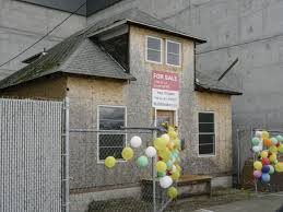 Up House Balloons Like Balloons The Real Life Up House Could Have Been Yours