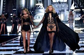 here s how taylor swift ed karlie kloss in makeup in the best way