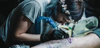 Tetování A Slabší Imunitní Systém Nejdou K Sobě Varují Lékaři