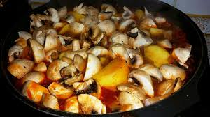 Ungarische Küche Authentische Und Kulinarische Kochrezepte Aus