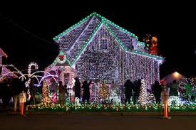 It's not as large as paramus or cherry hill, but they have a wide selection of just about anything you're looking for from decorations to dvd's to furniture. Lyndhurst Nj Massive Christmas Light Display Draws Crowds