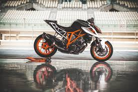 2018 ktm 1290 super duke r. plain 2018 image throughout 2018 ktm 1290 super duke r g