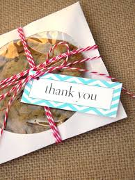12 Things To Put In Your Wedding Welcome Bags Hgtv S Decorating