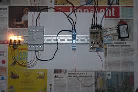 Реле контроля фаз это Что такое Реле контроля фаз  Самодельное реле контроля фаз на испытательном стенде