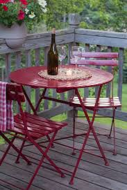 Diy bistro table Cooler How To Diy Bright And Shiny Bistro Table Makeover Curbly Diy Design Community Hauslistco How To Diy Bright And Shiny Bistro Table Makeover Erkélybalcony