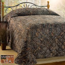 Conceal Brown Rustic Camo Quilted Bedspread Bedding &  Adamdwight.com