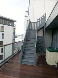 Temporary outdoor staircase