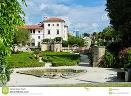 miami fl usa november 29 2016 main builing of the vizcaya museum and gardens